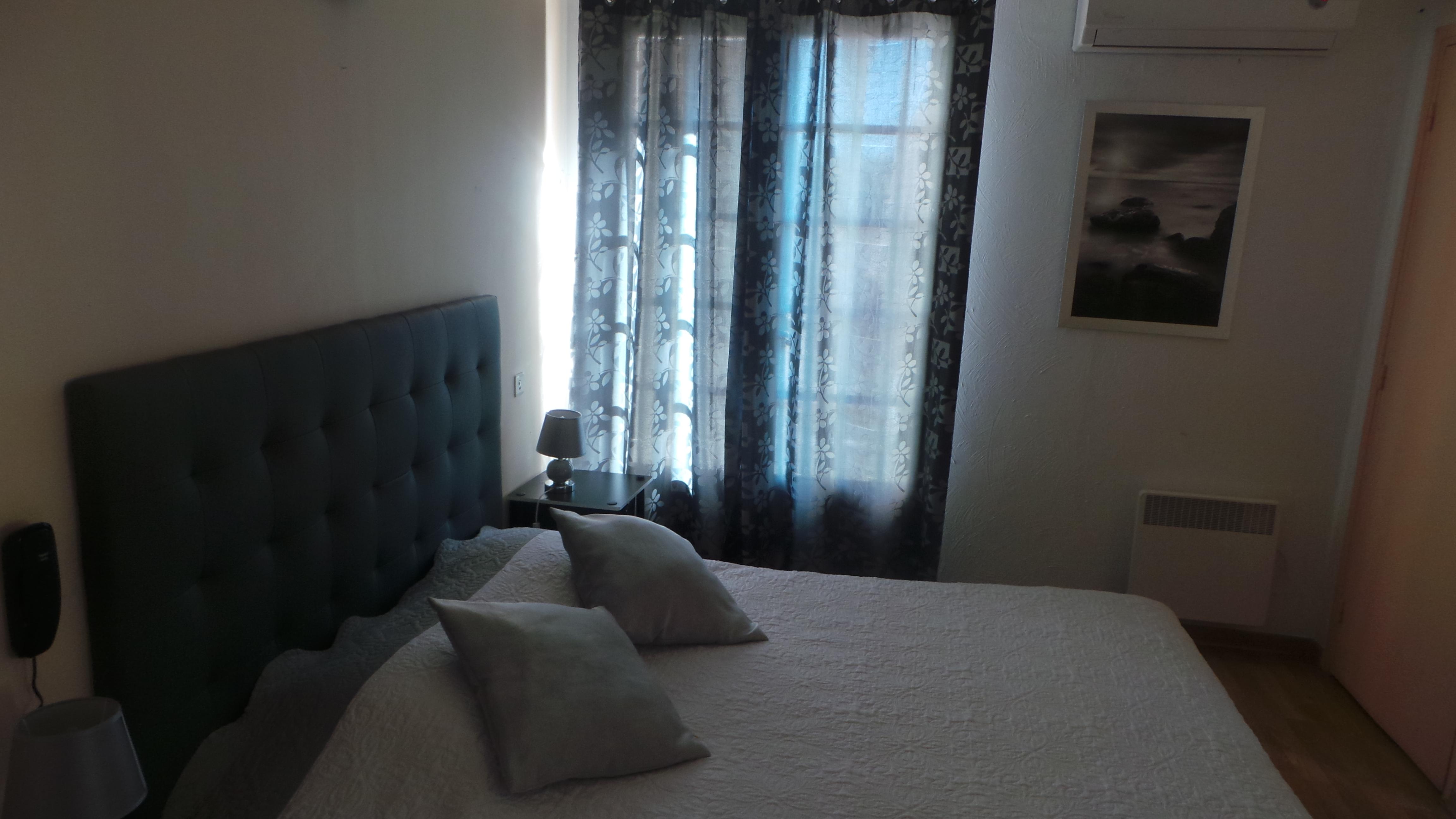 Agreable Chambre 2 Lits Simples U2013 1er Etage. Agréable Chambre Avec ...